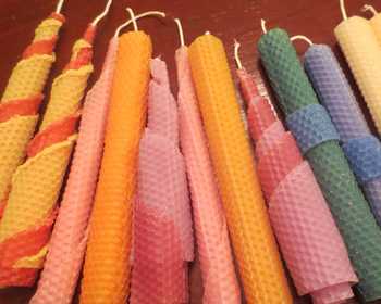 Market card beeswax candles2