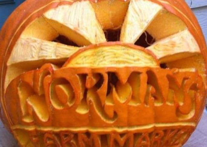 Details carving pumpkin normans