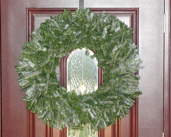 Market card natural undecorated christmas wreath