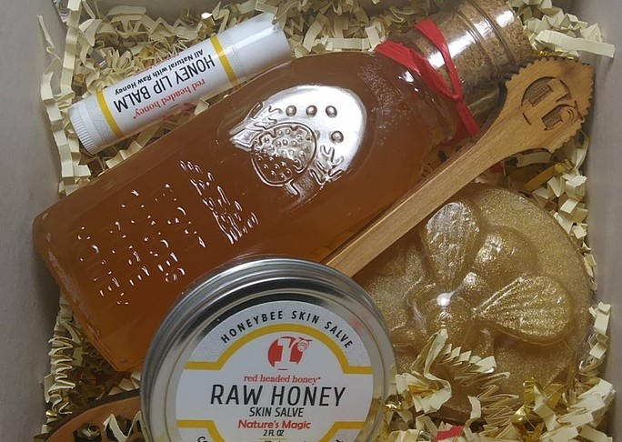 Details honey gift kit with dipper paddle
