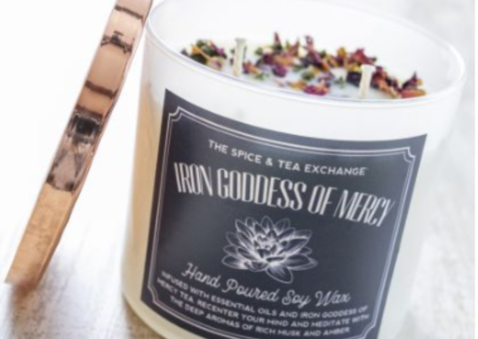 Details 2019 0926 iron goddess of mercy candle